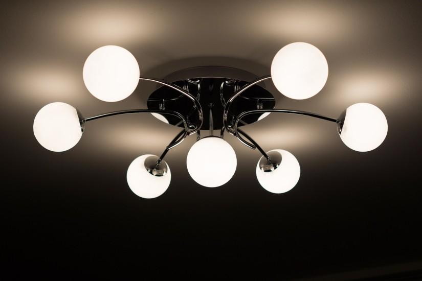 Pripojte 4-pásmová svetelná spínač